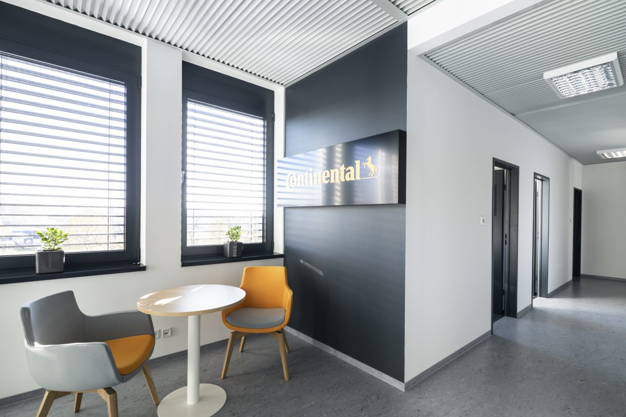 Modular office on the roof Barum Continental Otrokovice CZ 9